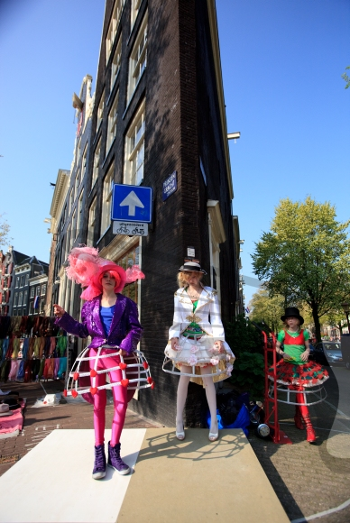 Girlfriends dressed up during the free market on Queensday
